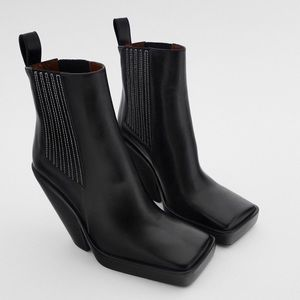NWT Zara Leather Heeled Square Toe Ankle Boots